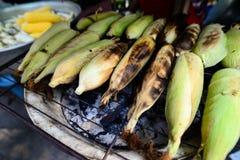 grains grillés (maïs, épi) Photographie stock libre de droits