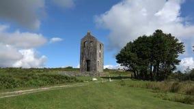 Graite abandonado idoso Tin Mine sobre Dartmoor em Inglaterra vídeos de arquivo