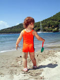 gram na plaży Obrazy Royalty Free
