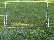 Grama do objetivo do futebol Fotografia de Stock Royalty Free