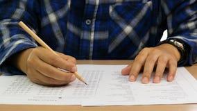 Gramatyka test na stole zdjęcie royalty free
