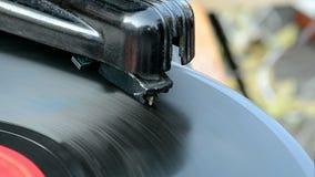 Grammofoon, uitstekende platenspeler, retro nostalgie, stock video