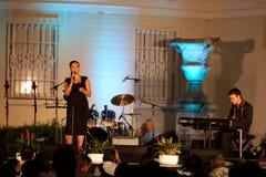Grammy Awards-Sieger Tia Carrere und Daniel Ho Lizenzfreies Stockfoto