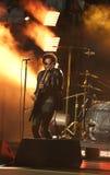 Grammyprisvinnaren Lenny Kravitz för fyra gånger utförde på US Open ceremoni för 2013 premiär Royaltyfri Foto