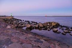 Gramocząsteczka na morza bałtyckiego wybrzeżu w Warnemuende Obraz Royalty Free