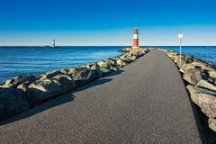 Gramocząsteczka na morza bałtyckiego wybrzeżu w Warnemuende Fotografia Royalty Free