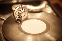 Gramophone and vinyl record Royalty Free Stock Photography