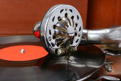 Gramophone and vinyl record Royalty Free Stock Photos