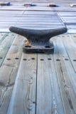 Grampo da amarração da doca seca grande Imagem de Stock Royalty Free