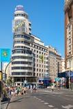 Gran通过在马德里、最重要的购物和城市的娱乐区域 免版税库存图片