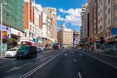 Gran通过在马德里、最重要的购物和城市的娱乐区域 图库摄影
