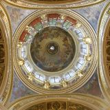 Gran bóveda de la catedral del ` s de Issac del santo fotos de archivo