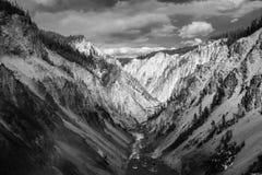 Gran Cañón en el parque nacional de yellowstone Imágenes de archivo libres de regalías
