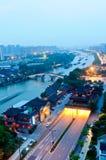 Gran Canal de Hangzhou en la oscuridad foto de archivo