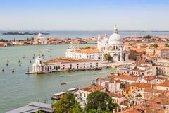 Gran Canal y basílica el día soleado, Venecia Fotografía de archivo libre de regalías