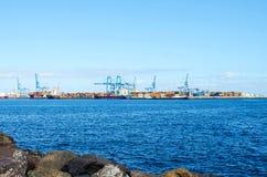 Gran Canaria Испания 2-ое декабря 2018 Взгляд порта груза большого Canaria Транспорт shipping T стоковые фотографии rf