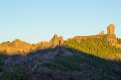 Gran Canaria, caldera de Tejeda, alba sopra la roccia m. di Roque Nublo Fotografia Stock