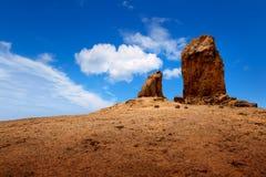 Gran canaria Roque Nublo blå sky Royaltyfri Foto