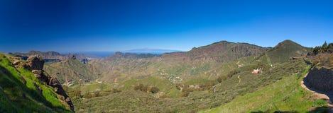 Gran Canaria, sikt över calderaen de Tejeda Arkivbild