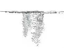 Gran cantidad de burbujas de aire en agua Imágenes de archivo libres de regalías