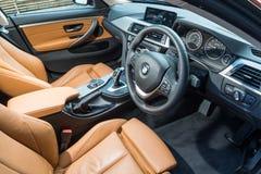 Gran Coupe 2018 de BMW 420i interior imagens de stock