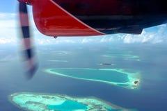 Gran isla de Maldivas de la opinión del hidroavión Imagen de archivo libre de regalías