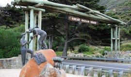 Gran monumento del camino del océano Imagen de archivo