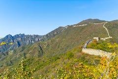 Gran Muralla de China en otoño de la caída Fotos de archivo libres de regalías