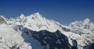 Gran Paradiso maximum i Italien Apls Arkivfoton