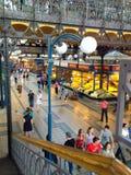 Gran pasillo del mercado en Budapest Fotografía de archivo