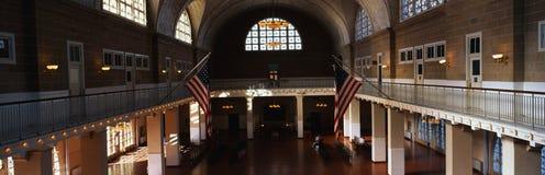 Gran pasillo en la isla de Ellis, NY Fotos de archivo libres de regalías
