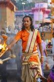 Gran Pooja en Varanasi, la India fotos de archivo