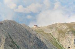 Gran Sasso, Rifugio Duca degli阿布鲁佐,拉奎拉,意大利 库存图片