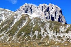 Gran Sasso berg i Apenninesen, Italien Royaltyfri Fotografi