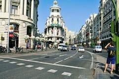 Gran via straat in Madrid, Spanje stock afbeelding