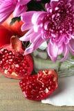 granaatappel en Chrysant Stock Foto