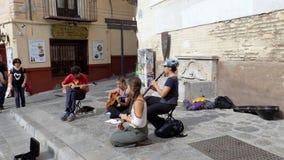 Granada - albayzin-grupp av gatamusiker Fotografering för Bildbyråer