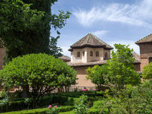 GRANADA ANDALUCIA/SPAIN - MAJ 7: Del av Alhambra Palace I Arkivfoton