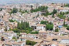 Granada - der Blick zum Albayzin-Bezirk von Alhambra Lizenzfreie Stockfotografie