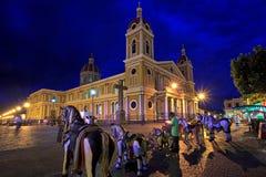 Granada domkyrka på natten, Nicaragua, Central America Arkivfoto