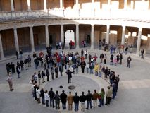 Granada, Espanha 01/05/2007 Coro no Palazzo Carlo no Alh imagens de stock royalty free
