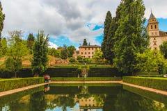 Granada, Espanha - 5/6/18: Vista do EL partal, jardim de Partal fotos de stock royalty free