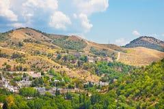 Granada - la perspectiva sobre el distrito de Albayzin a Abadia del Sacromonte de Alhambra Fotografía de archivo libre de regalías