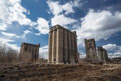 Granai abbandonati Fotografie Stock Libere da Diritti