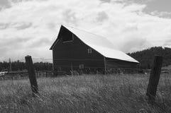 Granai e vita dell'America del righello nell'Idaho fotografie stock
