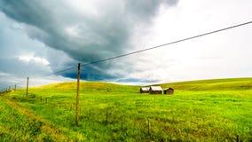 Granai nelle superfici a pascolo di Nicola Valley in Columbia Britannica, Canada Fotografia Stock Libera da Diritti