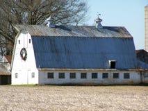 Granaio bianco del paese Fotografia Stock Libera da Diritti