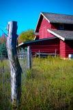Granaio con la rete fissa Fotografia Stock Libera da Diritti