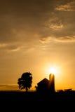 Granaio del Kentucky al tramonto Fotografia Stock
