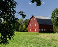 Granaio di colore rosso dell'Ohio fotografie stock